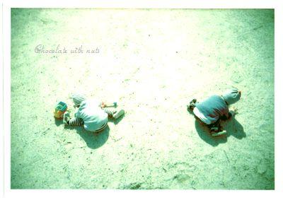 06 ポパカメ 砂遊び.jpg