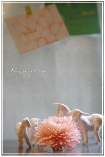 28 羊と花とポスカ.jpg