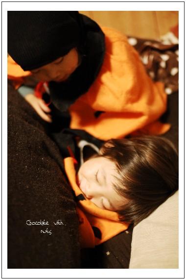 31 眠いおばけ.jpg