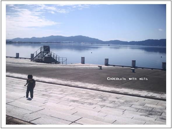 01 湖.jpg